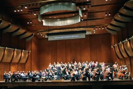 ERSO, EFK ja dirigent Neeme Järvi Avery Fisher Halli laval proovi tegemas, 10.11.2013.