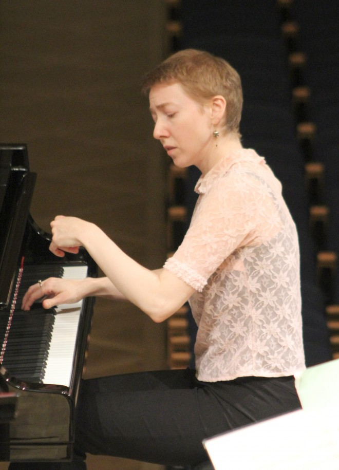 Solist Irina Zahharenkova.